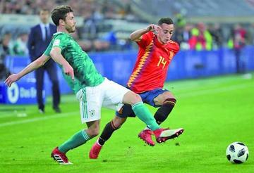 El campeón no pasa del empate ante España