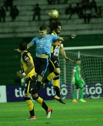 Blooming vence a The Strongest con doblete de Bargas