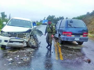 Cinco personas fallecen en dos accidentes de tránsito