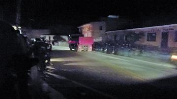 Un borracho  ocasiona una triple colisión en carretera