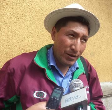 Alcalde de Tacobamba se queja por la emigración