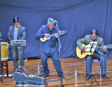 Abre festival Potosí Cuna del Charango