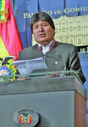 """Evo acusa a la CIDH de defender """"el terrorismo y el separatismo"""""""