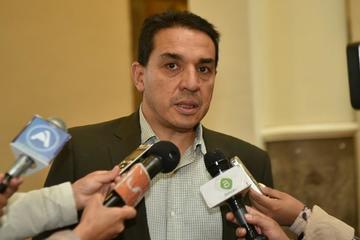 Gobierno ratifica que no habrá mesa tripartita para discutir alza de sueldo