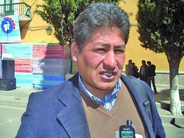 Toman el Concejo de Cotagaita  y desconocen al nuevo alcalde
