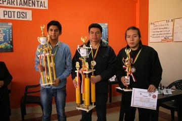 El cruceño Campero logra el título del torneo nacional clasificatorio de ajedrez