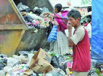 Pobreza se reduce en Bolivia al nivel histórico de 36,4 por ciento