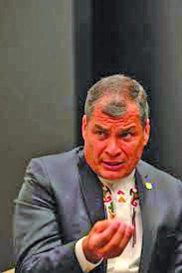 Indagarán si las FARC financiaron la campaña de Correa en Ecuador