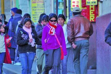 Padres de familia exigen aplicar horario de invierno en la ciudad