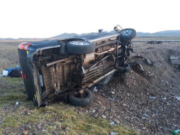 Vehículo de la Asamblea sufre un accidente y se reportan tres heridos