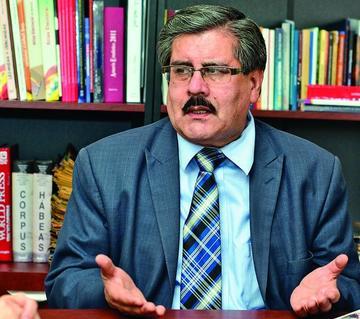 Albarracín: dictadores tienen herederos en gobiernos constitucionales