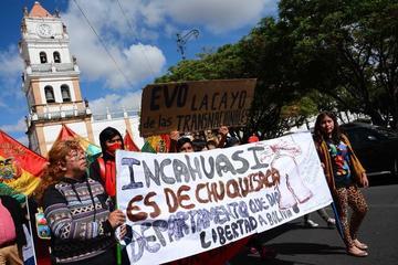 Anuncian cierre de la vía Sucre – Potosí por conflicto de Incahuasi