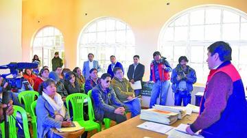 Forman comisiones para el proyecto aeropuerto Potosí