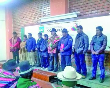 Cusi lidera el Conamaq y anuncia que buscará respeto al voto del 21F