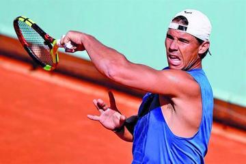 Nadal aventaja con 100 puntos a Federer