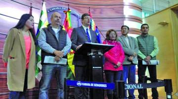 Observan 17 contratos directos para los Juegos Suramericanos