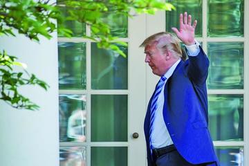 Fiscal de la trama rusa investiga fondos de investidura de Trump