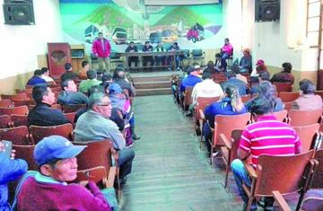 Incahuasi: Chuquisaca suspende bloqueos a la espera de cabildo