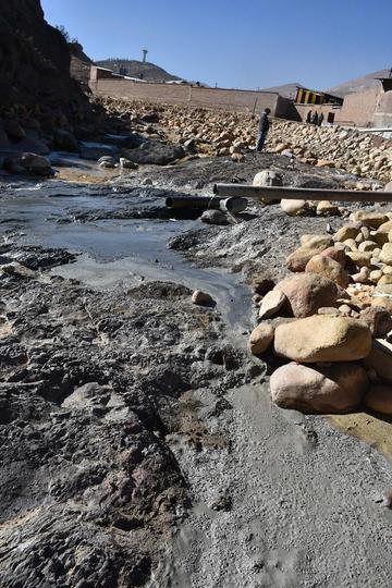 Clausuran ingenio por contaminar las aguas que van al río Pilcomayo