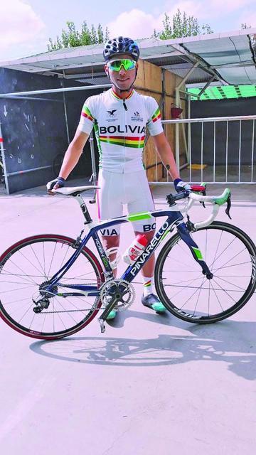 Arando es convocado a la selección boliviana de ciclismo