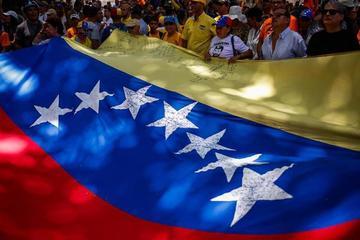 Los venezolanos acuden a votar con el fantasma de la abstención