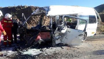 Choque de minibuses en vía a Desaguadero deja ocho fallecidos