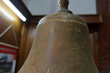 Piden a Paraguay devolver campana