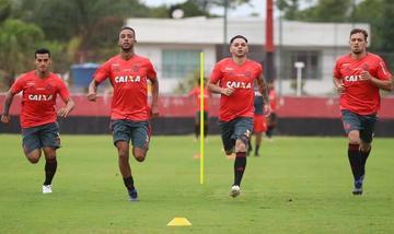 Flamengo buscará adueñarse de la cima del grupo D cuando enfrente a River Plate