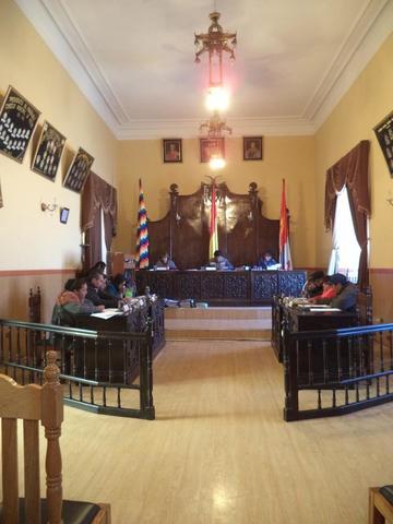 El Concejo  aprueba el incremento salarial 2018