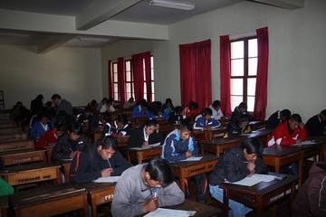 Los alumnos se preparan para la olimpiada científica en Potosí