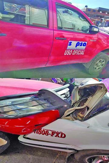 Chofer ebrio hurta un auto de Sepsa y causa choque