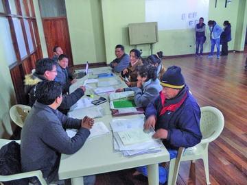 Califican méritos de aspirantes a directores de escuelas en Potosí