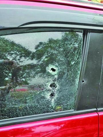Santa Cruz: matan a un hombre con 15 tiros en el Canal Cotoca