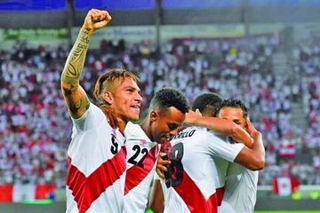 Guerrero vuelve y guía a Perú al triunfo