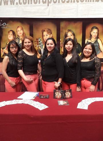 Lirio Bolivia promociona su primer material
