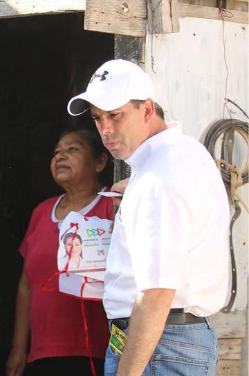 Asesinan a candidato a diputado al salir de un debate en México