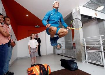 Nadal y Thiem luchan por el título de Roland Garros