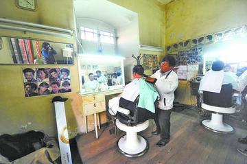 Gestionan la certificación de competencias de peluqueros