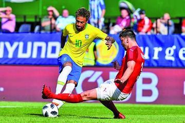 Brasil golea 3-0 a Austria