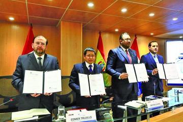 Socios del proyecto bioceánico firman reglamento operativo