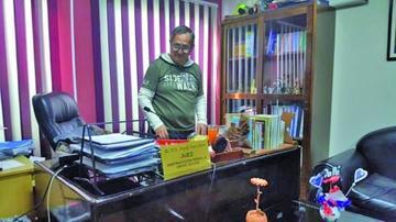 Dictan detención domiciliaria para importador de mochilas