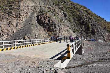Chuquiuta tiene puente para llevar productos a la ciudad