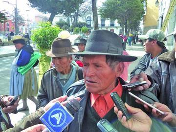 Comunarios quieren cobrar elevadas sumas por terrenos