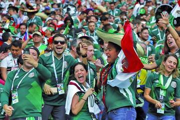 FIFA multa con $us 10 mil a México y Serbia