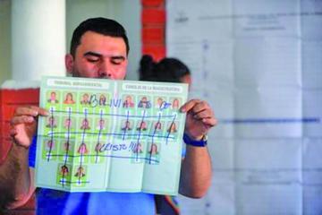 OEA: fallo del TCP sobre la reelección subió votos nulos en las judiciales