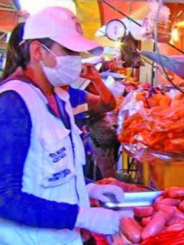 Crece venta de salchichas en el centro de la ciudad
