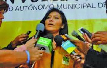 Chapetón teme que quieran desestabilizar su gestión
