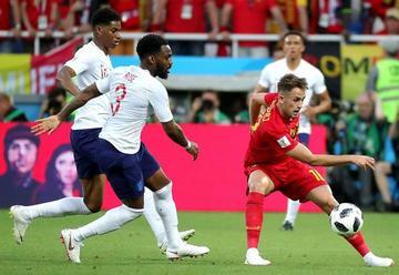 Bélgica escoge el camino difícil tras ganar a Inglaterra