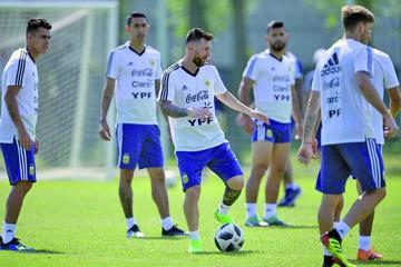 Argentina y Francia se juegan la vida en el inicio de los octavos