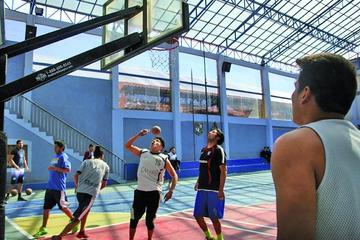 El campeón boliviano se ausenta  a Cochabamba con 12 jugadores